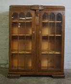 Vintage Oak China / Display Cabinet, 123cm high, 93cm wide, 38cm deep