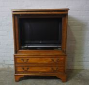 Modern Yew Wood TV Cabinet, Enclosing an LG 25inch Flat Screen TV, With remote controlCondition