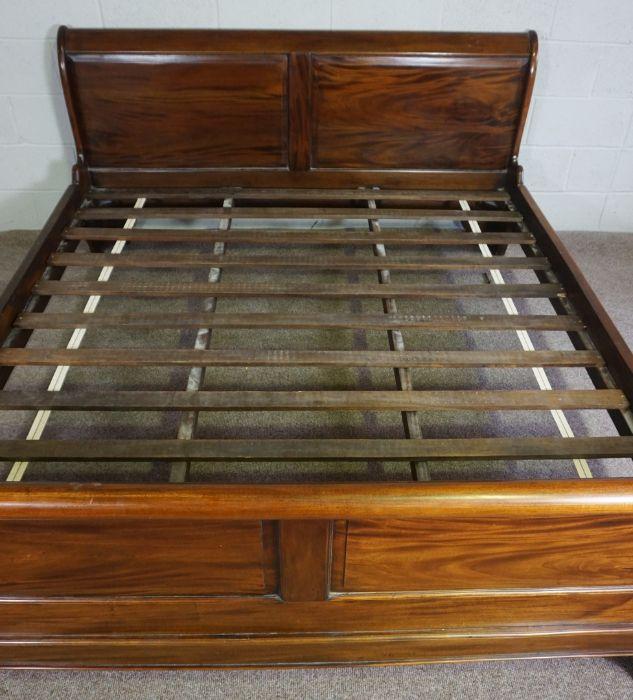 Hardwood King Size Bed,Having side rails and slats,Larger bed end 90cm high, 191cm wide - Image 5 of 6