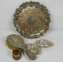 A Pair of Late Victorian Silver Small Baskets, Chester 1899, of pierced oval form, 11cm wide, a