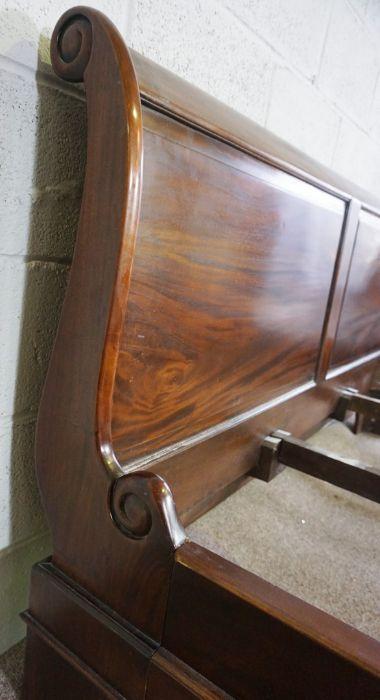Hardwood King Size Bed,Having side rails and slats,Larger bed end 90cm high, 191cm wide - Image 4 of 6