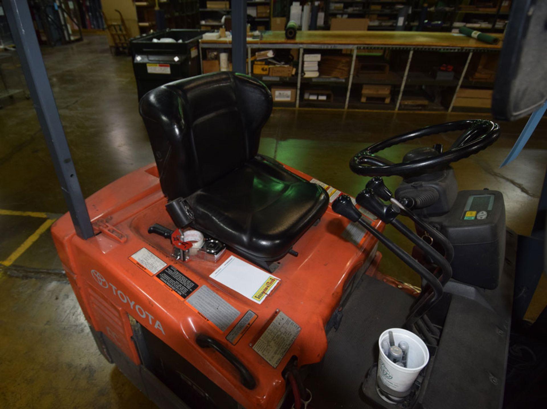 Forklift - Image 7 of 8