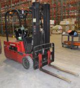 (1) Raymond Sit Down Electric Forklift, Model 445-C40TT, Serial# 445-13-11459.