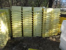 (+/-200) Harvest lugs, 16 X 24 X 6 inch,