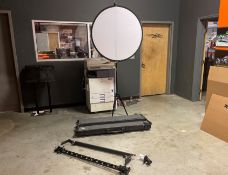 Camera Rail System & Flash Reflector Screen