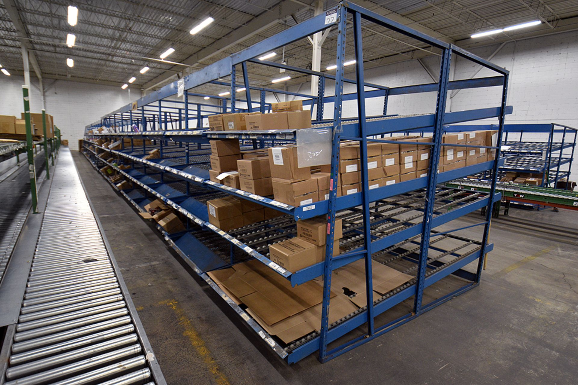 "4-Tier Gravity Fed, Carton Flow Rack(132""x601.5""x95""H) (108""x1"" Rollers) - Image 3 of 3"