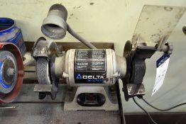 """Delta Shopmaster Model GR150, Dual End 6"""" Bench Grinder Serial Number: 037254W2053 1/4hp"""