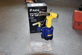Astro Air Riveter