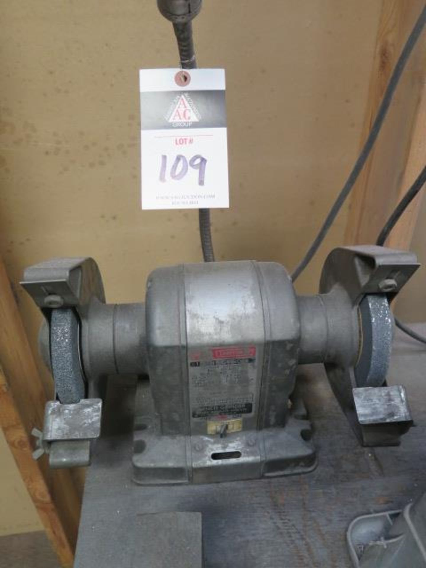 Craftsman Bench Grinder (SOLD AS-IS - NO WARRANTY)