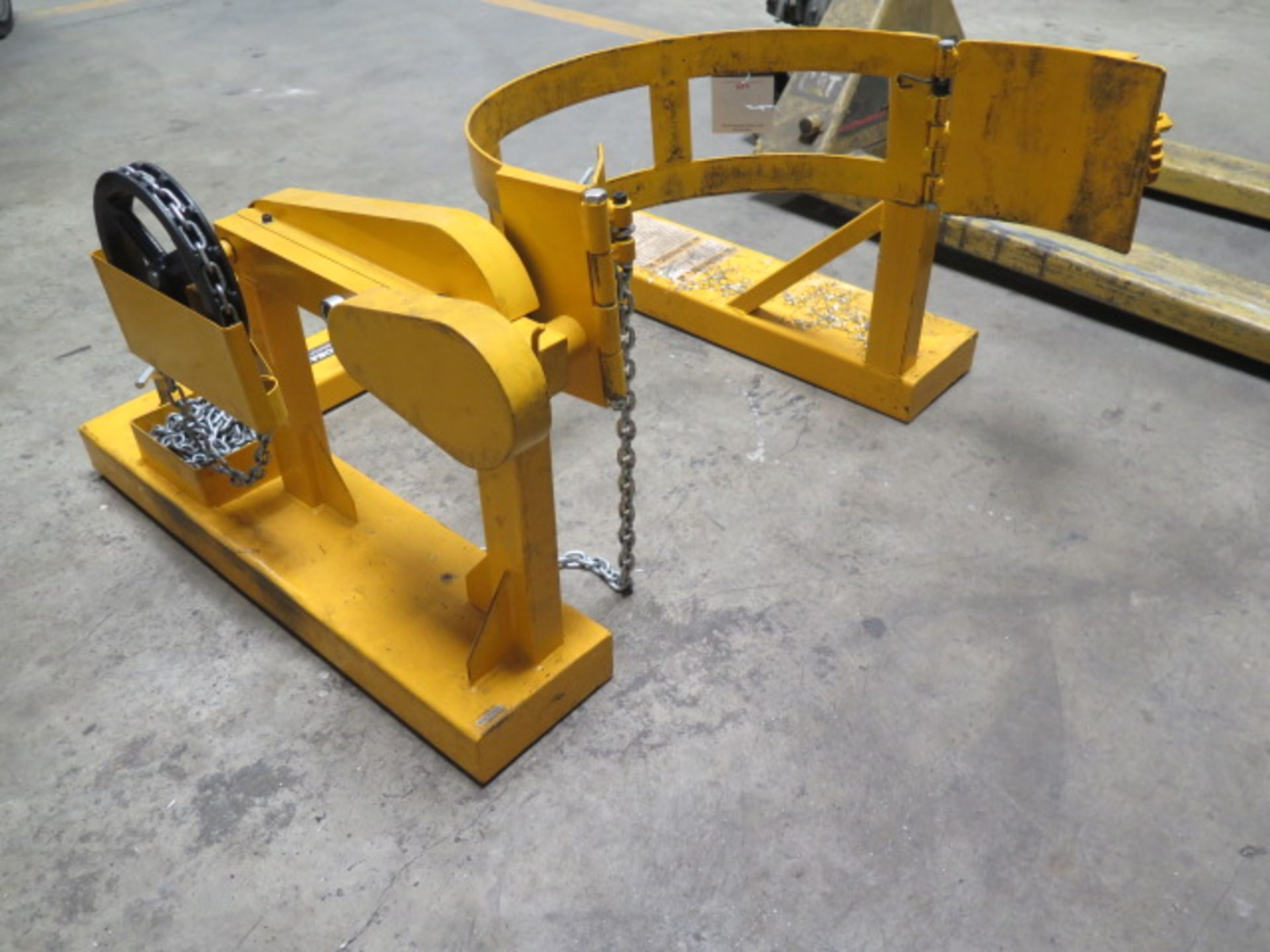 Global Barrel Turner Forklift Attachment (SOLD AS-IS - NO WARRANTY) - Image 3 of 5