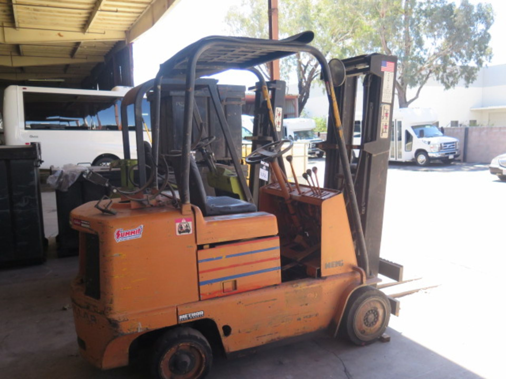 Caterpillar 4500 Lb Cap LPG Forklift s/n F235-83-2201172 (Condition Unknown) SOLD AS-IS - Image 2 of 13