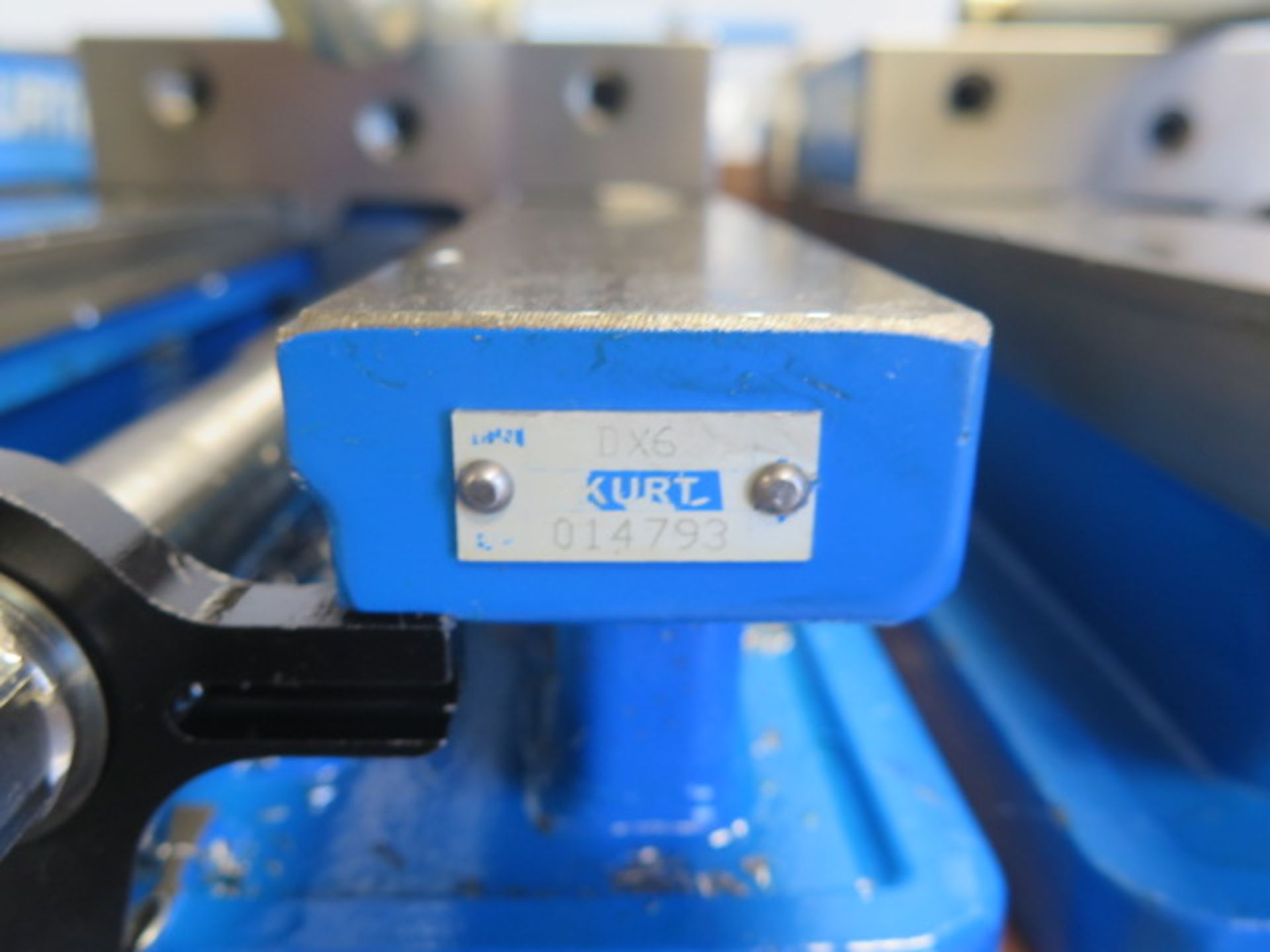 """Kurt DX6 6"""" Angle Lock Vise (SOLD AS-IS - NO WARRANTY) - Image 4 of 4"""