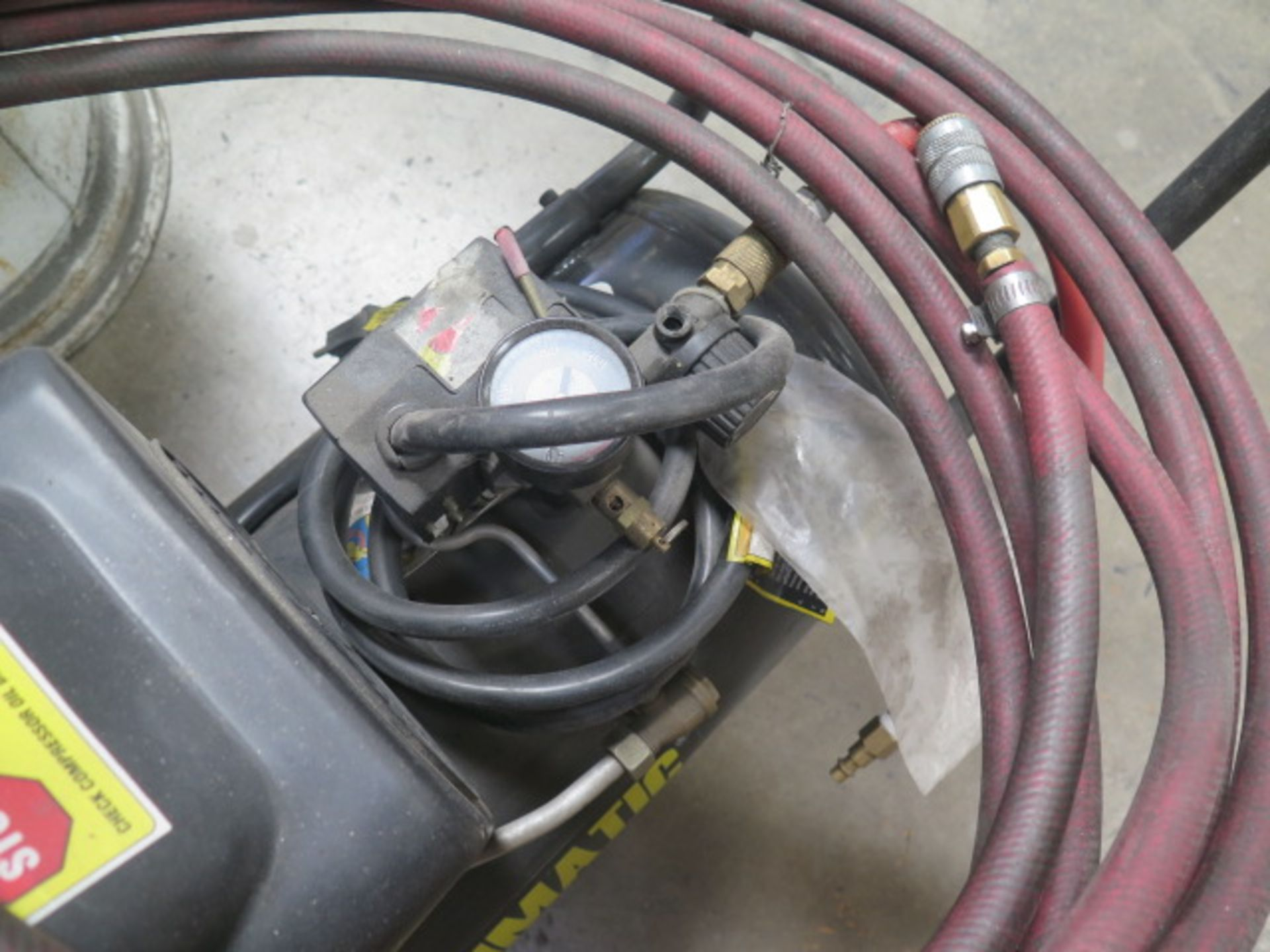 Cantral Pneumatic Portable Air Compressor (SOLD AS-IS - NO WARRANTY) - Image 4 of 4