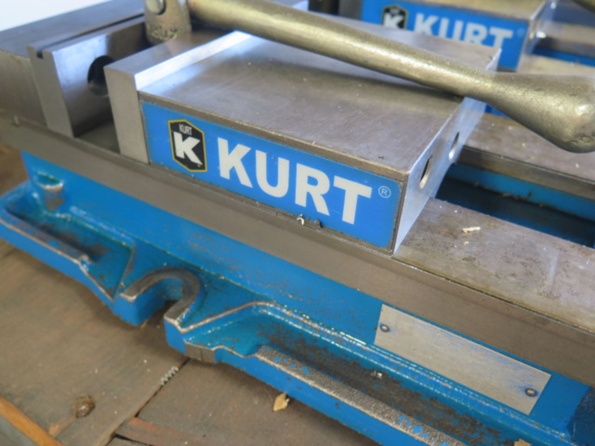 """Kurt D688 6"""" Angle-Lock Vise (SOLD AS-IS - NO WARRANTY) - Image 3 of 3"""