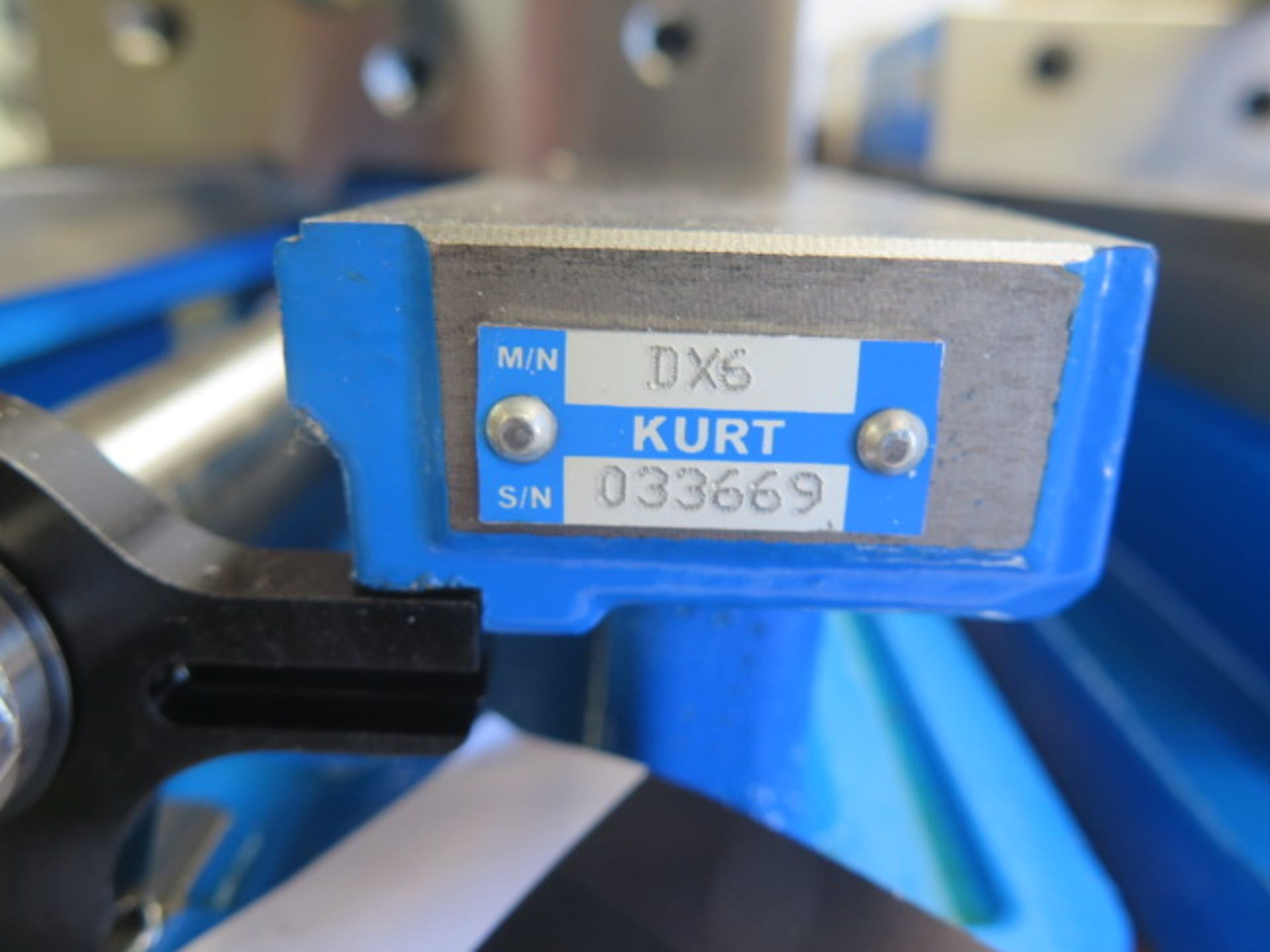 "Kurt DX6 6"" Angle Lock Vise (SOLD AS-IS - NO WARRANTY) - Image 4 of 4"