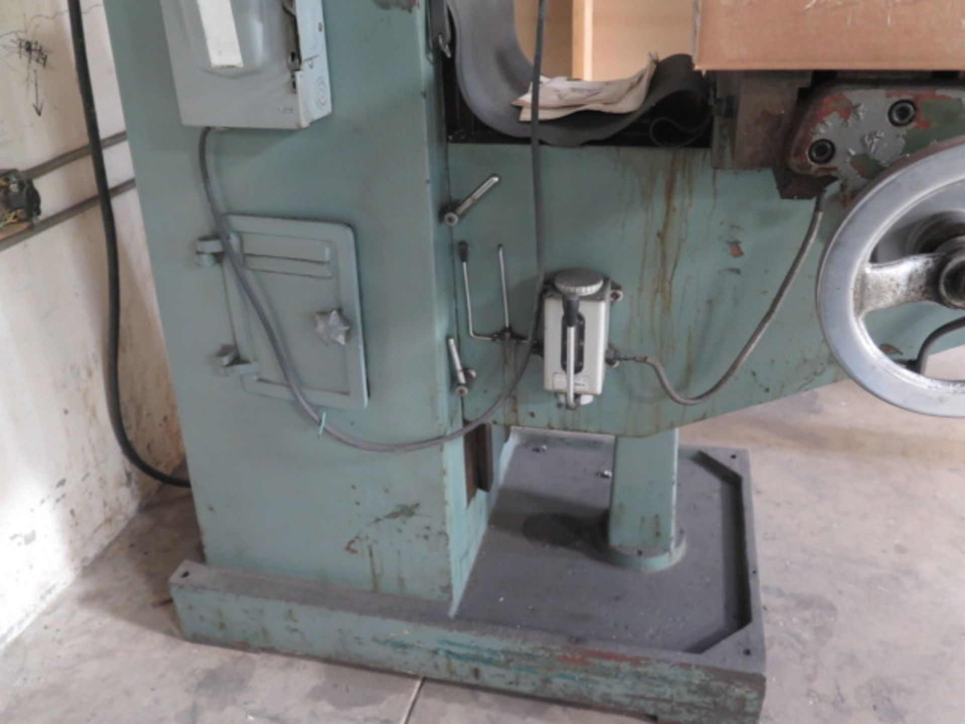 """Import Vertical Mill w/ 3Hp Motor, 80-2720 RPM, 8-Speeds, R8 Spindle, 10"""" x 48"""" Table (SOLD AS- - Image 9 of 9"""
