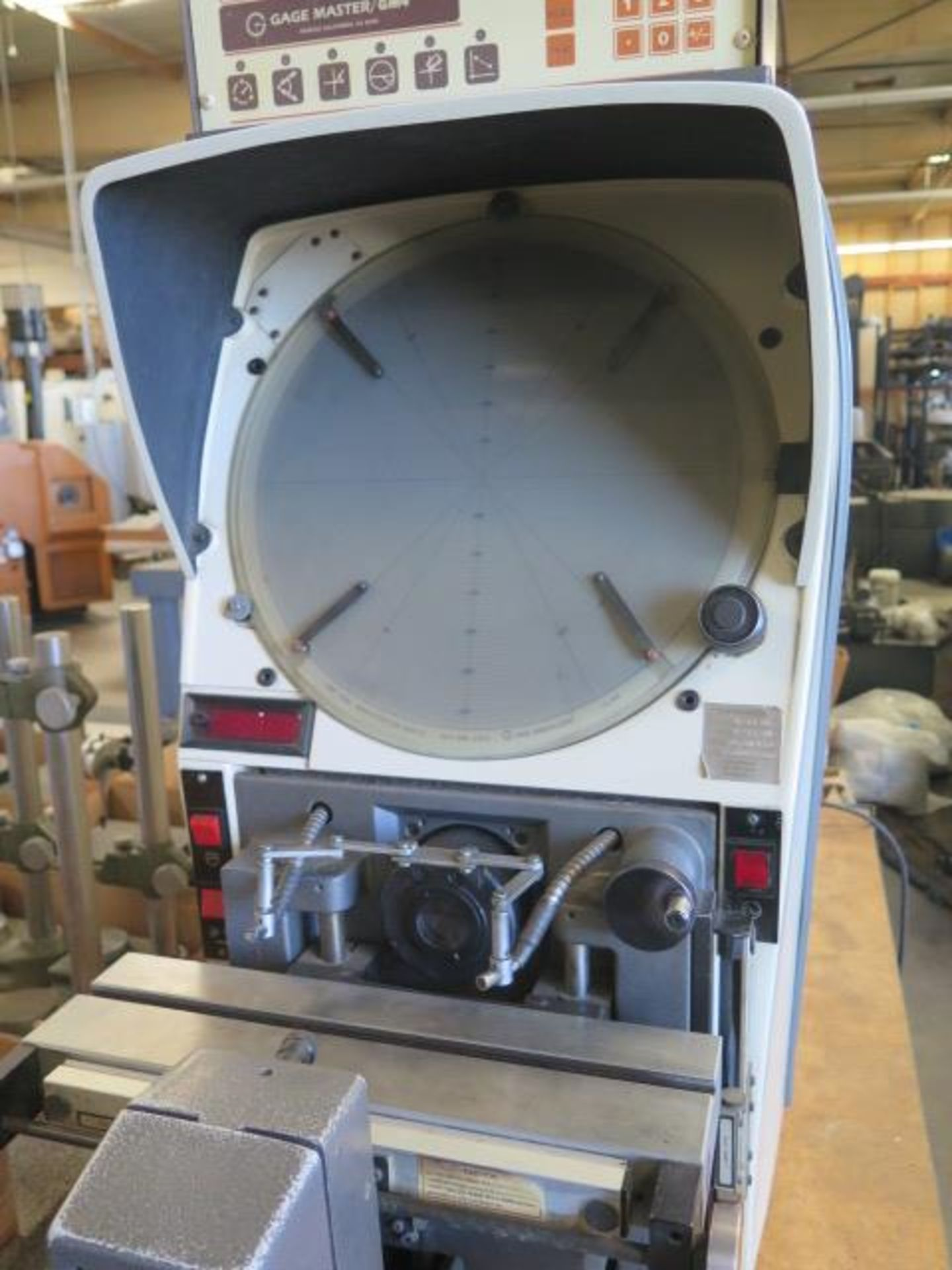 """Gage Master Series 20 13"""" Optical Comparator w/ Gage Master GM4 DRO, Dig Angular Readout, SOLD AS IS - Image 4 of 10"""