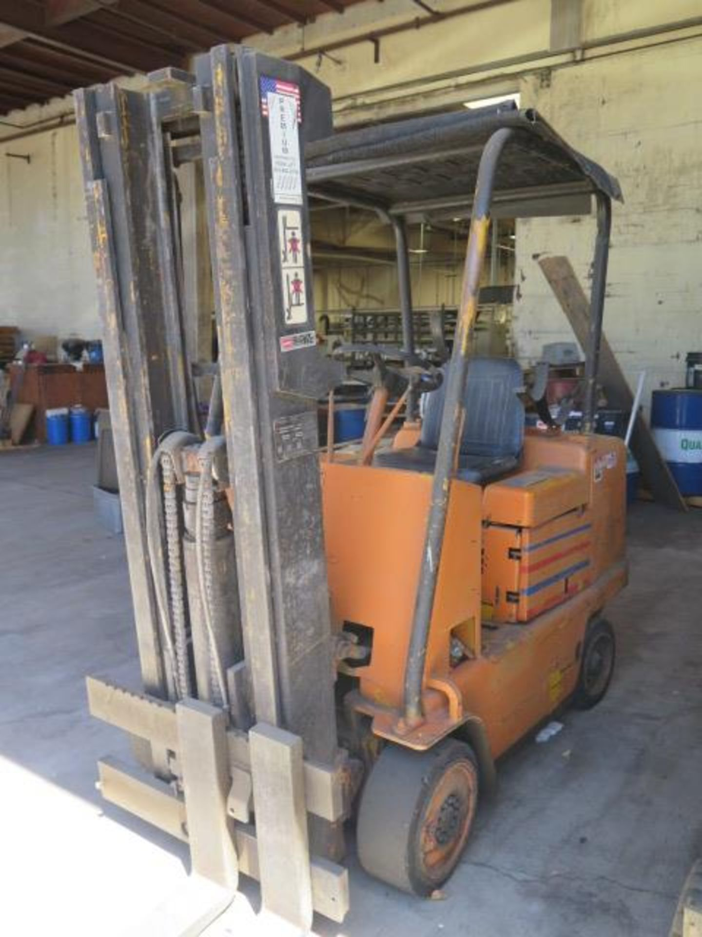 Caterpillar 4500 Lb Cap LPG Forklift s/n F235-83-2201172 (Condition Unknown) SOLD AS-IS - Image 3 of 13