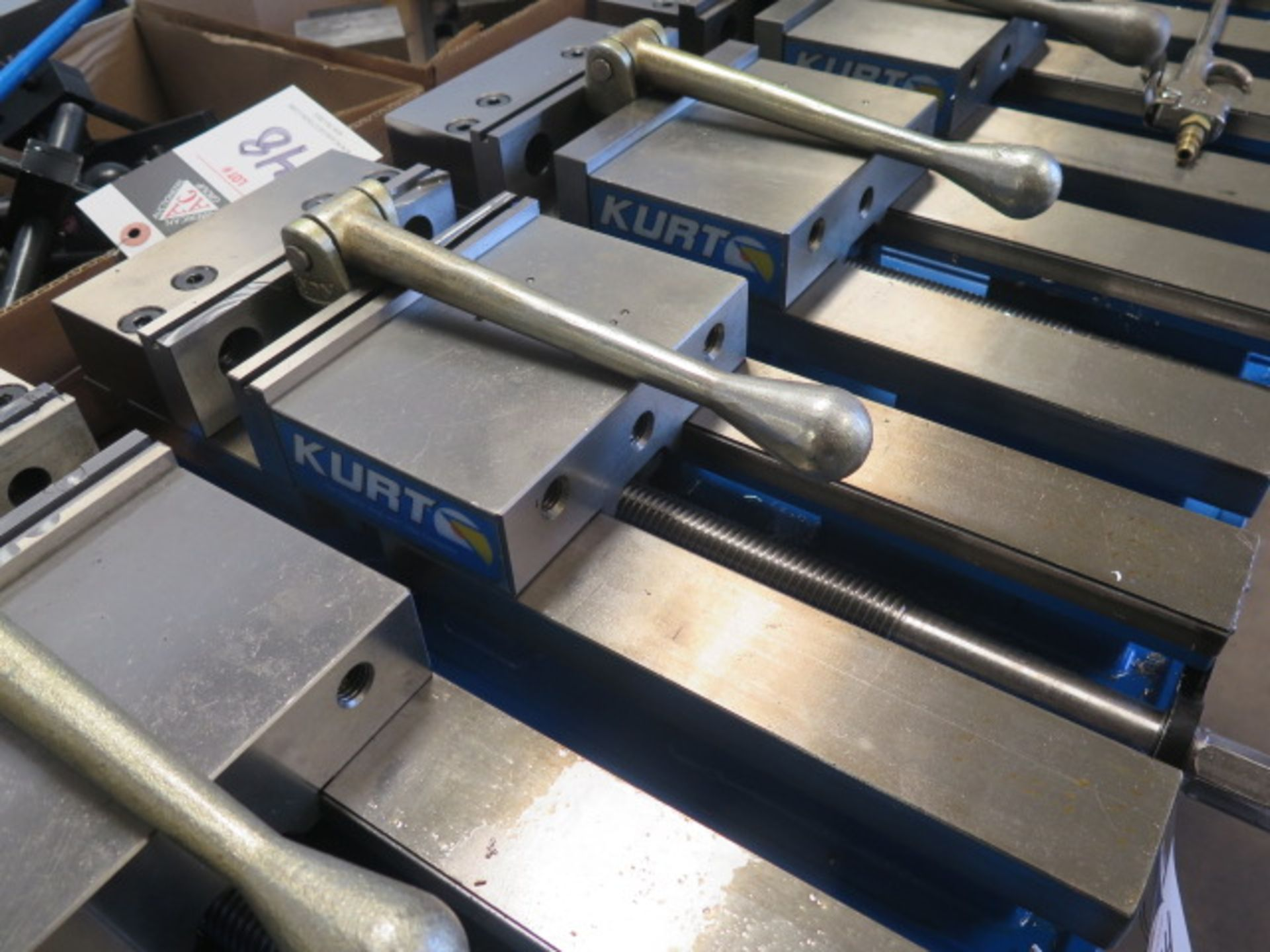 """Kurt DX6 6"""" Angle Lock Vise (SOLD AS-IS - NO WARRANTY) - Image 3 of 4"""