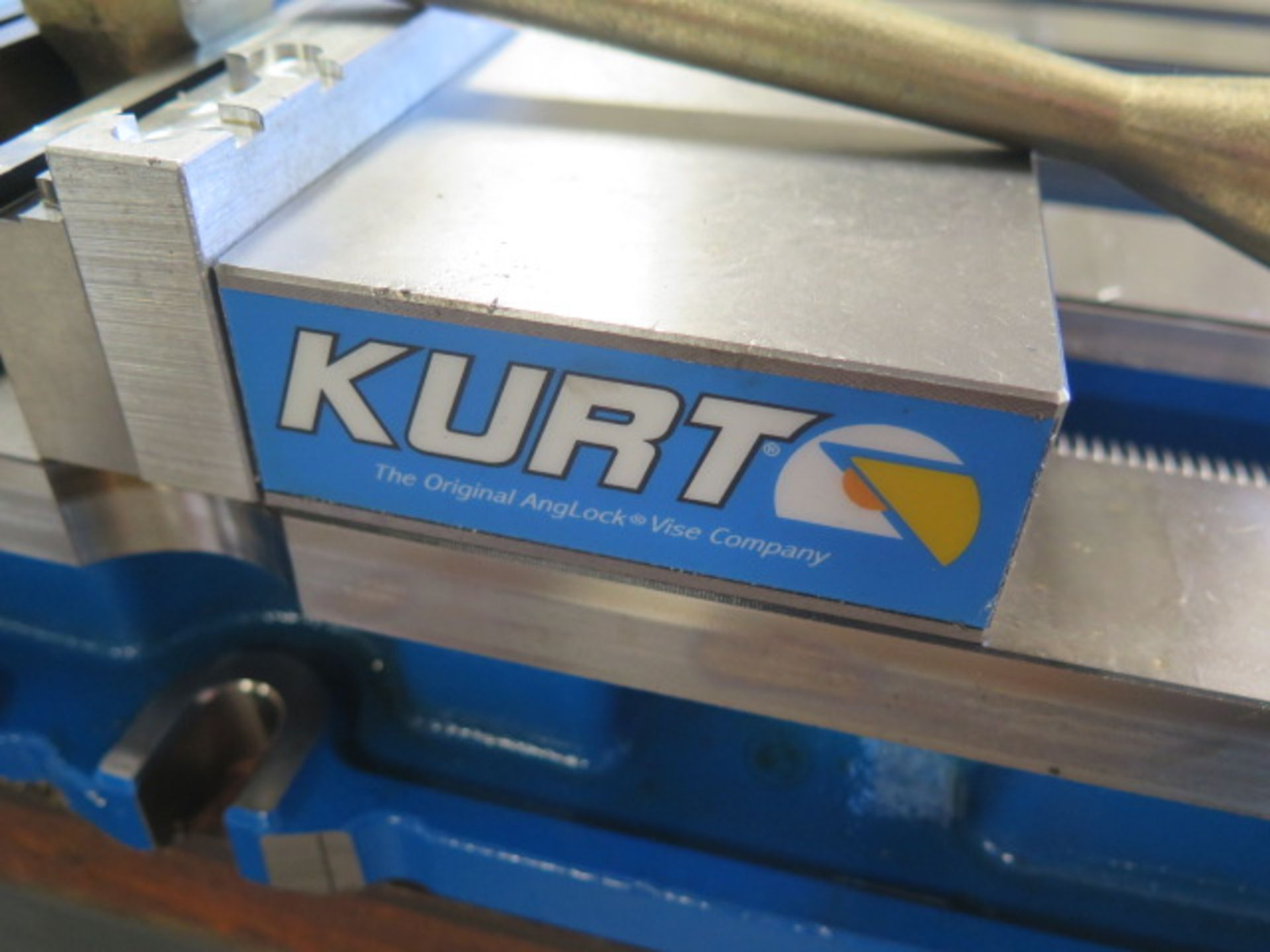 "Kurt DX6 6"" Angle Lock Vise (SOLD AS-IS - NO WARRANTY) - Image 3 of 4"