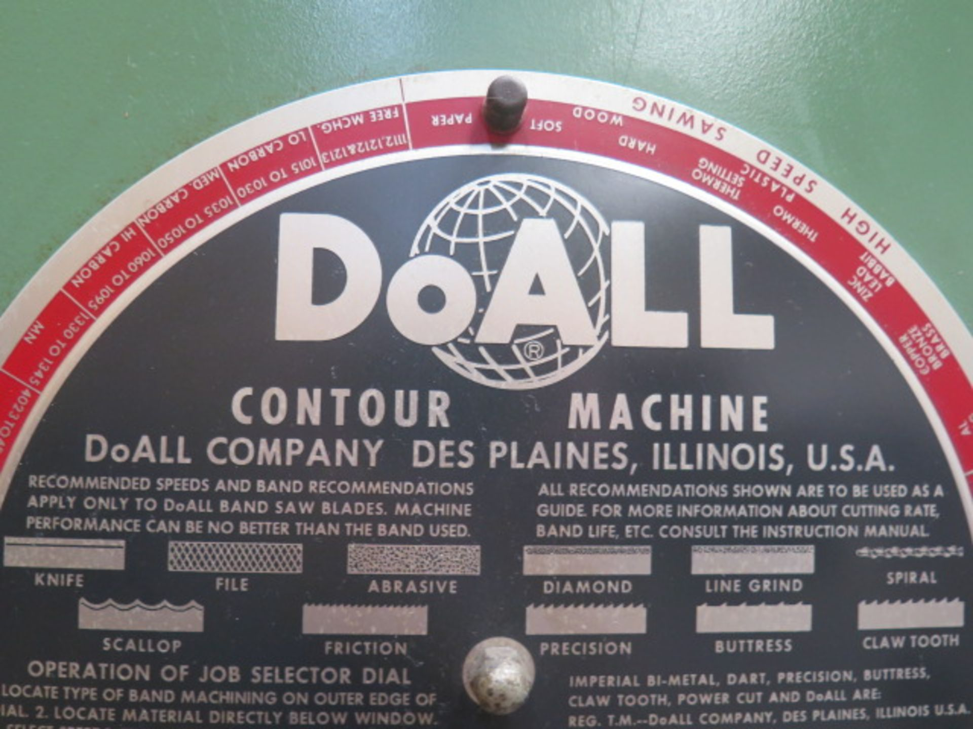"DoAll 2013-10 20"" Vertical Band Saw s/n 377-861259 w/ Welder, 0-5200 RPM 26"" x 26"" Table, SOLD AS IS - Image 3 of 11"