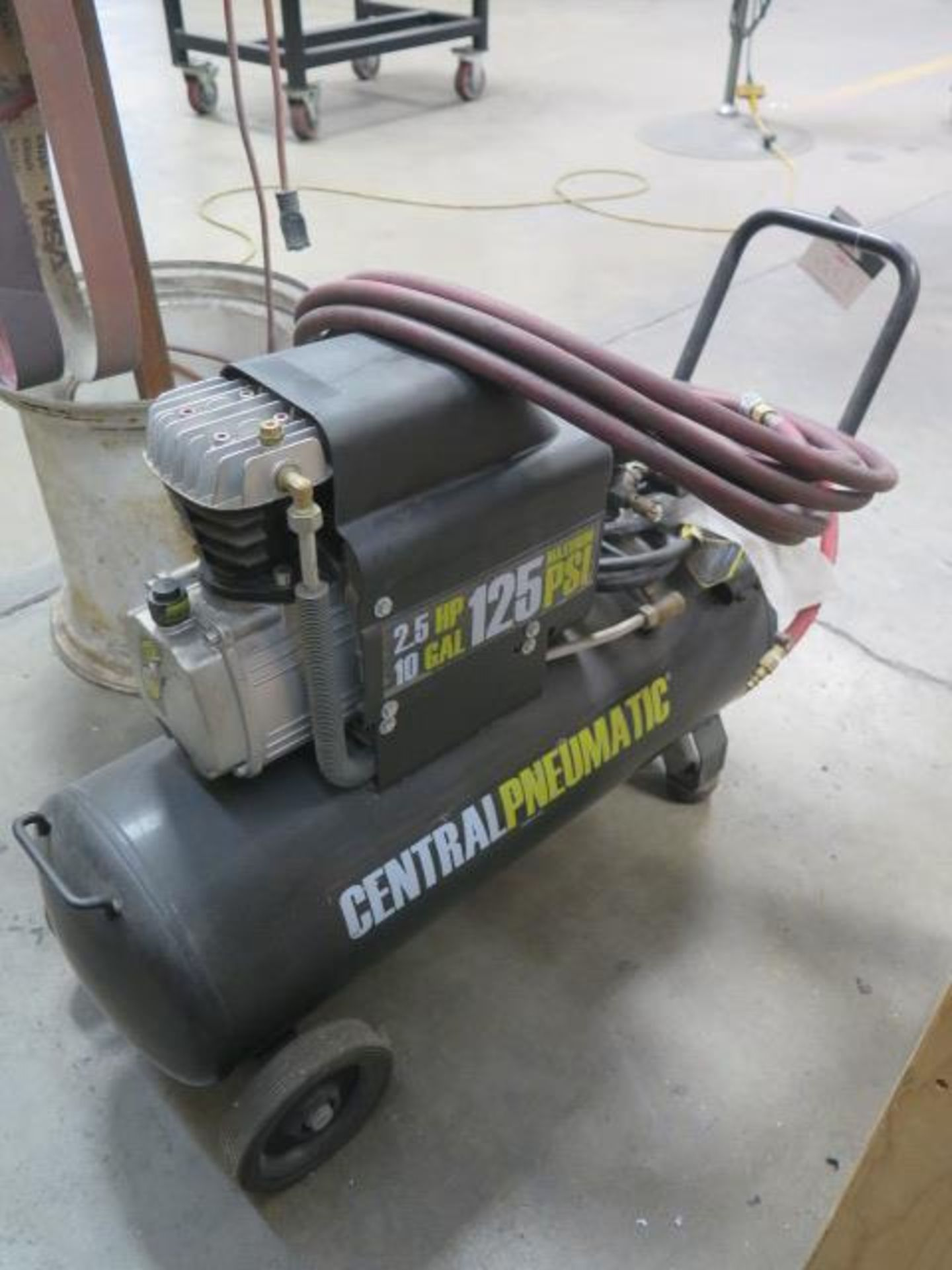 Cantral Pneumatic Portable Air Compressor (SOLD AS-IS - NO WARRANTY) - Image 2 of 4