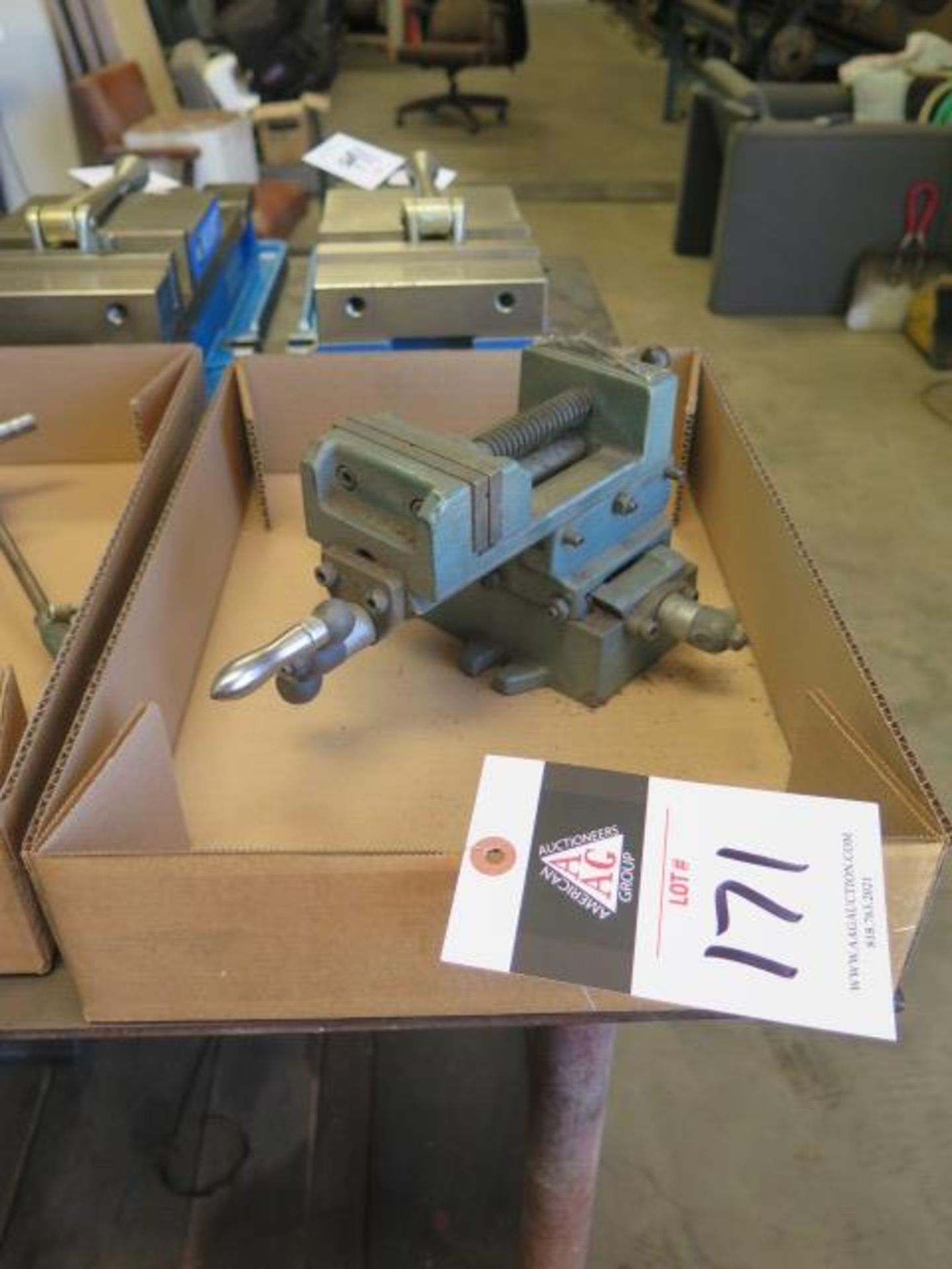 Wilton Cross Slide Vise (SOLD AS-IS - NO WARRANTY)