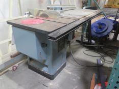 """Delta 10"""" Tilting Arbor Table Saw s/n 93B94018 w/ Fence System (SOLD AS-IS - NO WARRANTY)"""