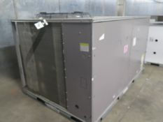 """Carrier """"Weather Maker"""" 50 TCQD12A3A5A2A0GO 10 Ton Heat Pump s/n 3215P83753 208/230V. (SOLD AS-"""
