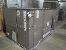 Johnson ZS-10N18NWAAA5A 10 Ton Gas Unit s/n N1G3885364 460V-3PH w/ Curb Base (SOLD AS-IS - NO