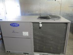 """Carrier """"Weather Maker"""" 50 TCQD12A3A5A2A0GO 10 Ton Heat Pump s/n 3016P99341 208/230V. (SOLD AS-"""