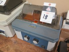 Fisher Scientific mdl. 102S Water Bath (SOLD AS-IS - NO WARRANTY)