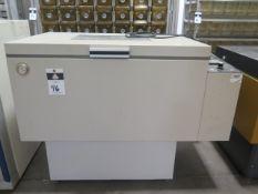 Labline Instruments mdl. 3525 Incubator Shaker (SOLD AS-IS - NO WARRANTY)
