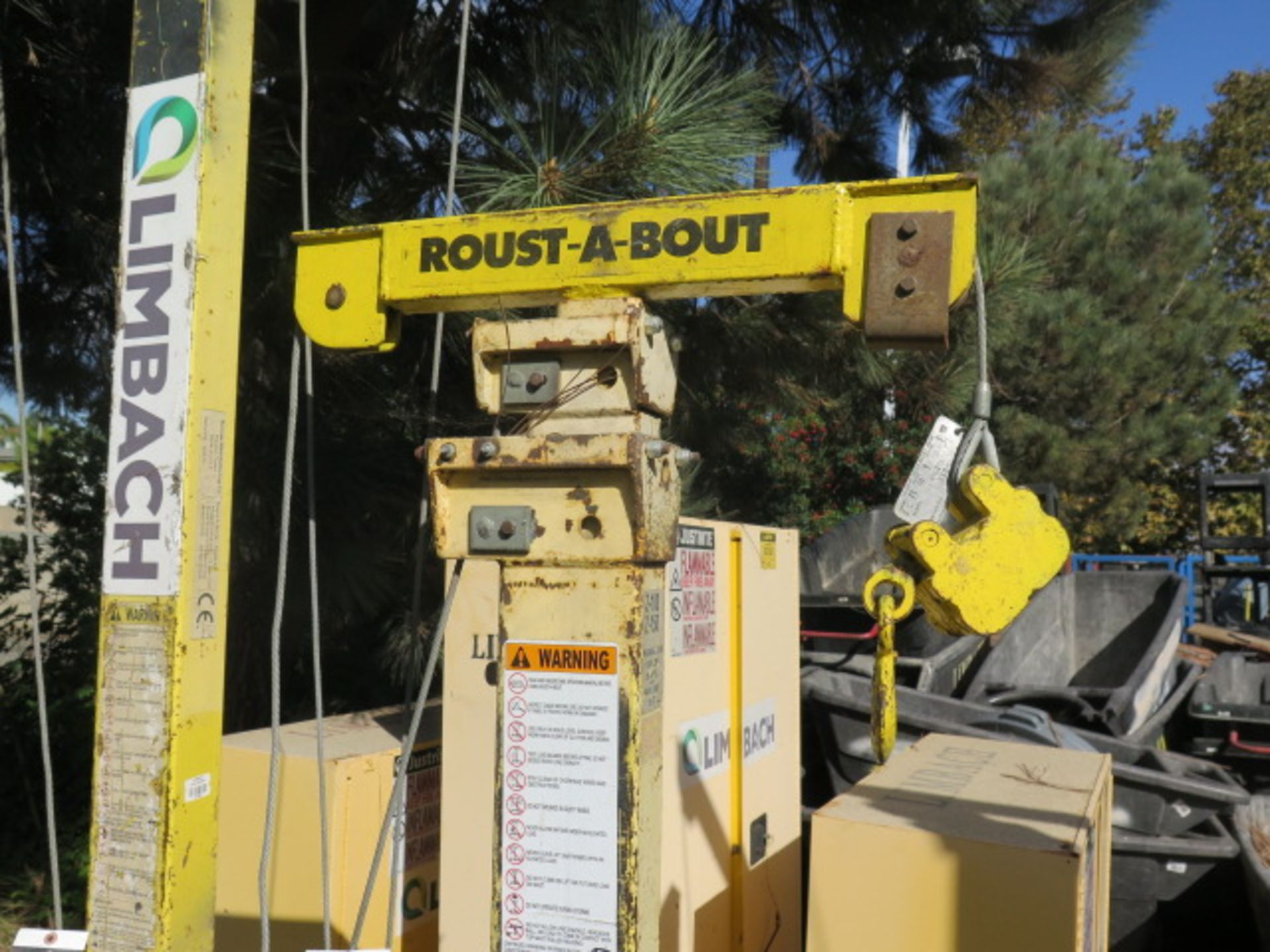 Roust-A-Bout Portable Extendable Material Lift (SOLD AS-IS - NO WARRANTY) - Image 4 of 5