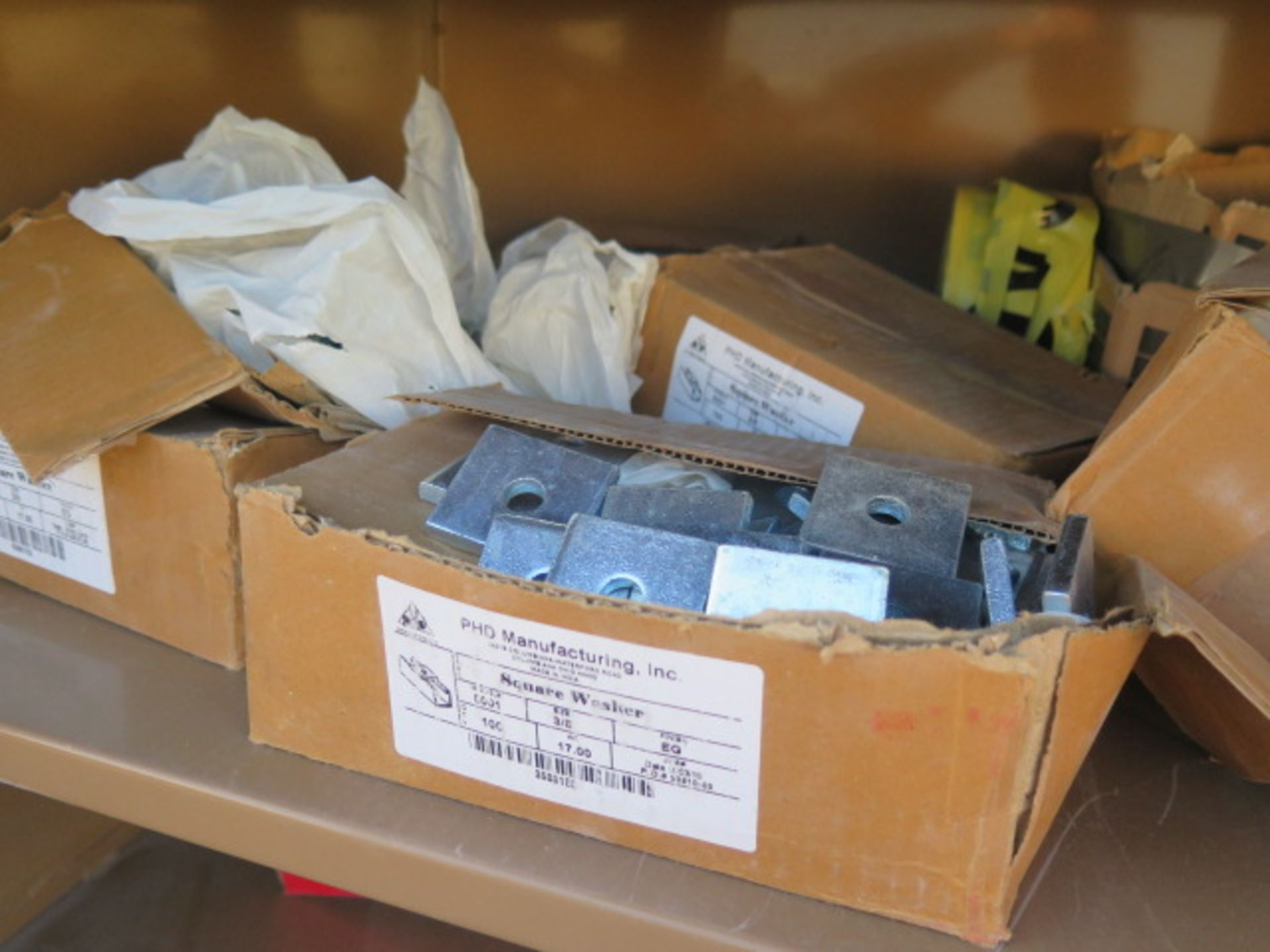 Knaack mdl. 139 Jobmaster Rolling Job Boxw/ Hardware and Supplies (SOLD AS-IS - NO WARRANTY) - Image 6 of 21