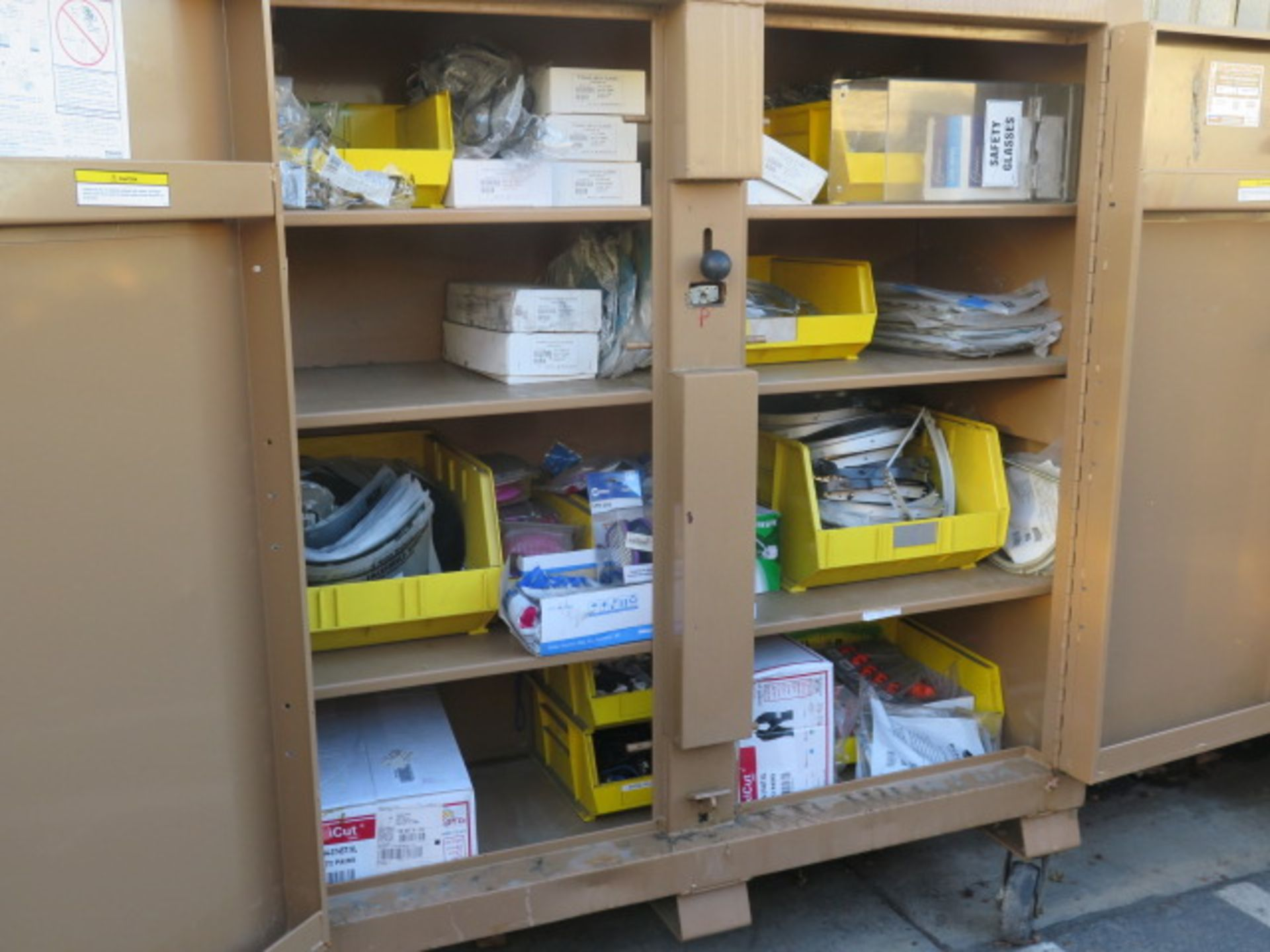 Knaack 109 Jobmaster Rolling Job Box w/ Safety Supplies (SOLD AS-IS - NO WARRANTY) - Image 4 of 19