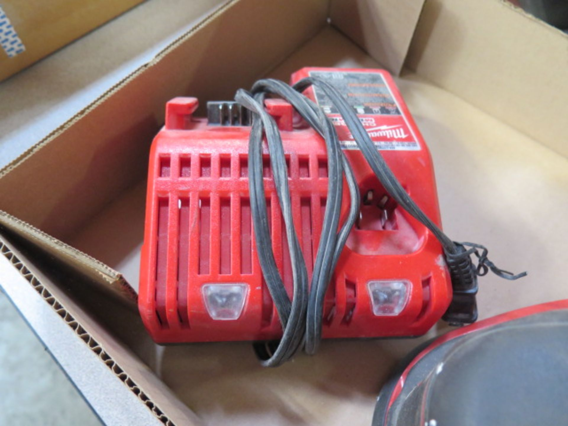 Milwaukee 18 Volt Orbital Sander w/ Charger (SOLD AS-IS - NO WARRANTY) - Image 6 of 6