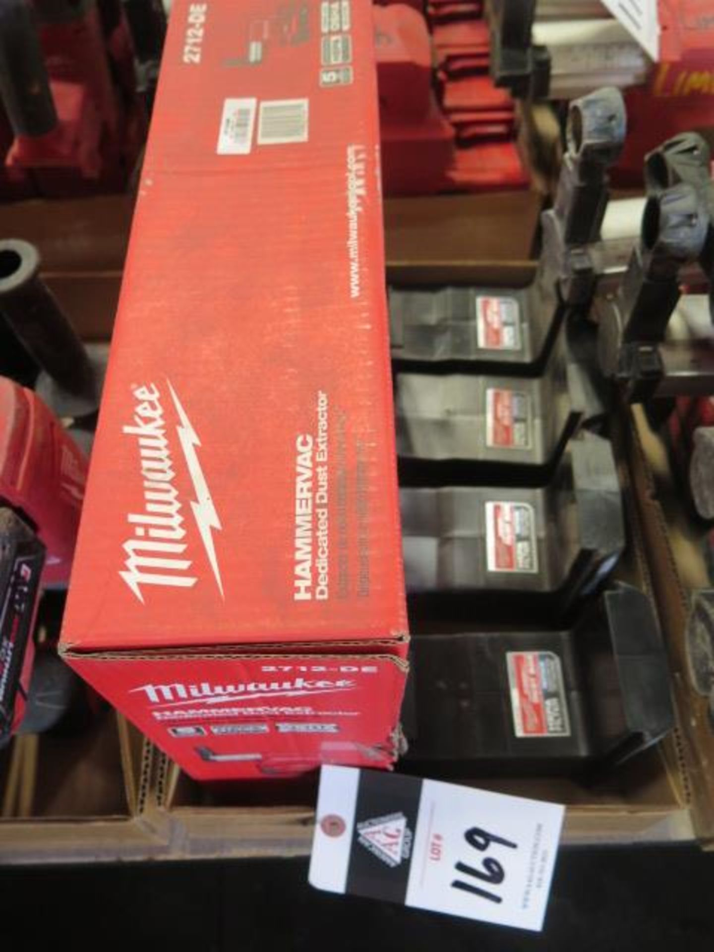 Milwaukee Dust Extractor (NEW) and (4) Filter Boxes (SOLD AS-IS - NO WARRANTY)