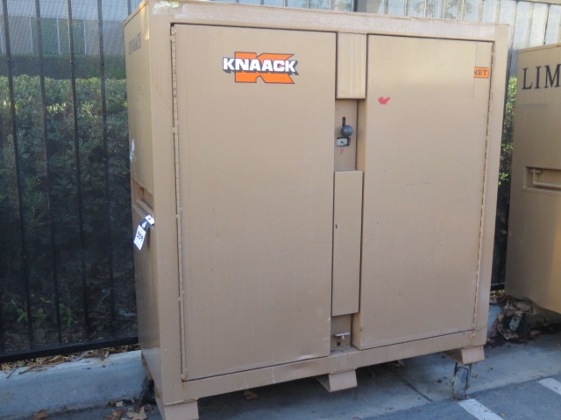 Knaack 109 Jobmaster Rolling Job Box w/ Safety Supplies (SOLD AS-IS - NO WARRANTY)