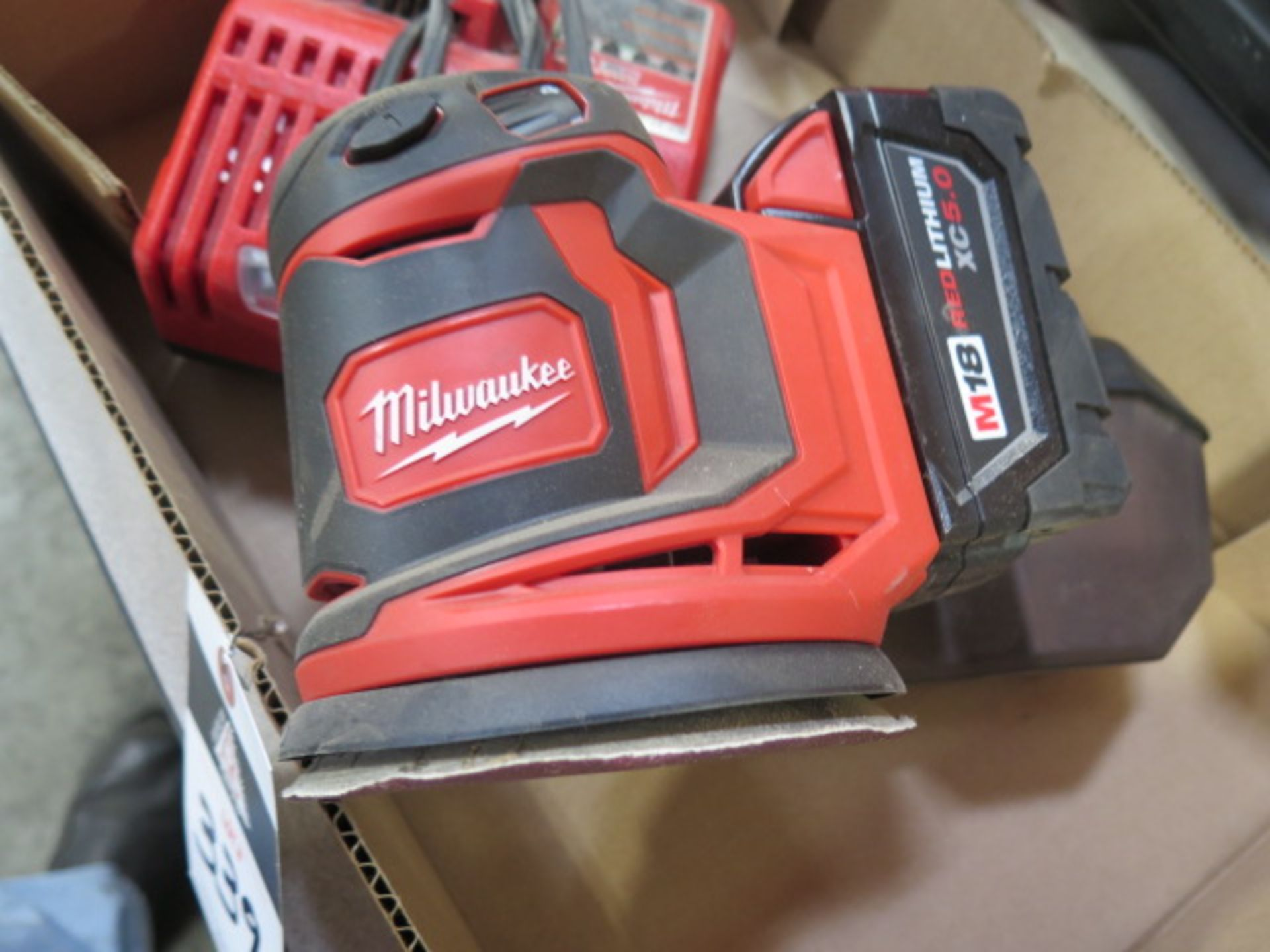 Milwaukee 18 Volt Orbital Sander w/ Charger (SOLD AS-IS - NO WARRANTY) - Image 5 of 6