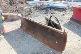 2007 BOBCAST 96-IN. MODEL 96 SNOWBLADE HYDRAULIC SNOW PLOW ATTACHMENT S/N: 683803630, 96-IN.