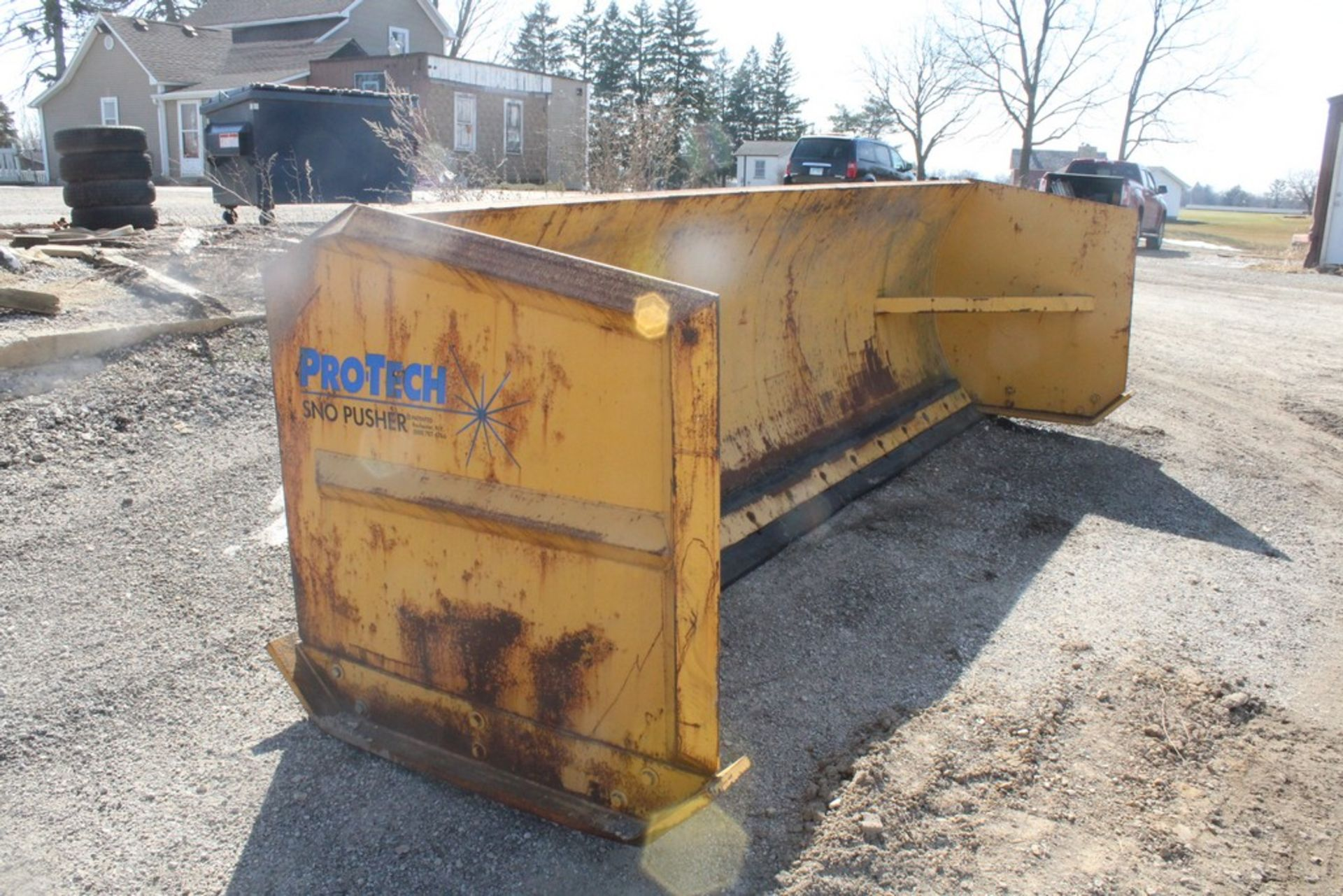 PRO-TECH 14-FT. MODEL SNO PUSHER SNOW PUSHER ATTACHMENT S/N: 3042, TO FIT WHEEL LOADER - Image 4 of 4