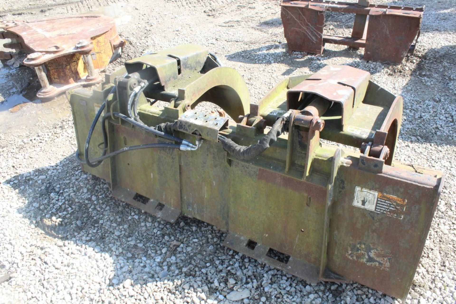 FFC 72-IN. HYDRAULIC GRAPPLE BUCKET S/N: 056629, TO FIT SKID STEER LOADER - Image 3 of 3