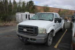 2005 FORD F-250 XL SUPER DUTY EXTENDED CAB PICKUP TRUCK VIN: 1FTSX20P75EB09241 (2005) 6.0L