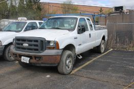 2005 FORD F-250 XL SUPER DUTY EXTENDED CAB 4 X 4 PICKUP TRUCK VIN: 1FTSX21P95EB27089 (2005) 6.0L