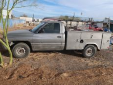 1999 RAM 2500 W/ UTILITY BED & RACK VIN: 3B6KC26Z1XM584986 (bad rear end)