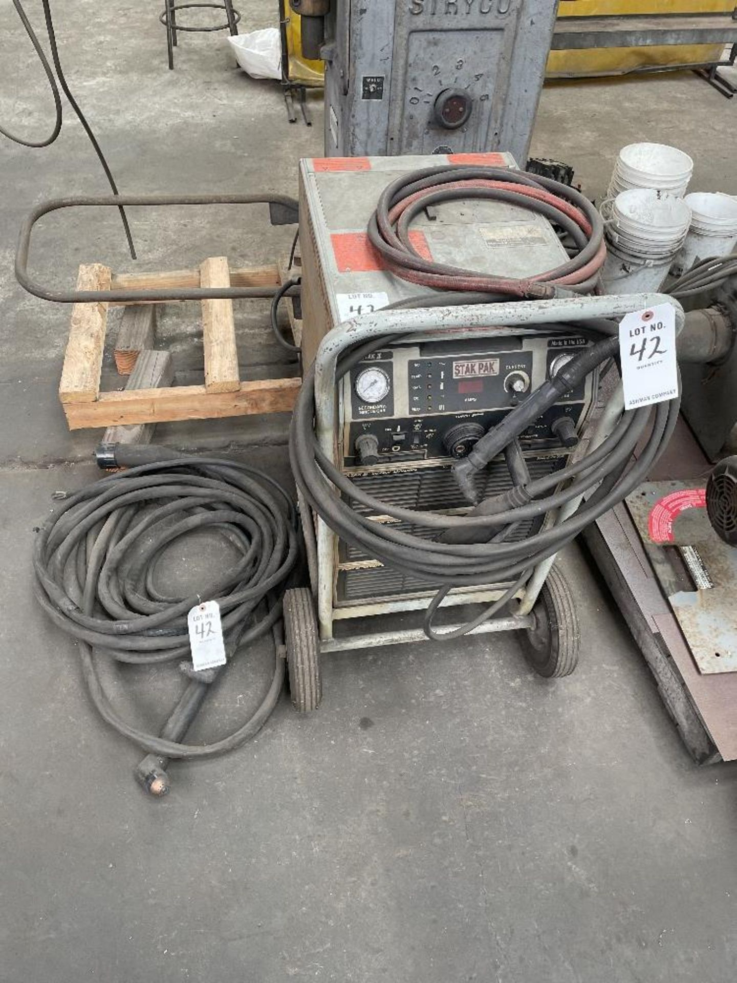 (1) THERMAL DYNAMICS PM6402 STAK PAK PLASMA CUTTER WITH 3 CUTTING HEADS, S/N- M60844A1851103