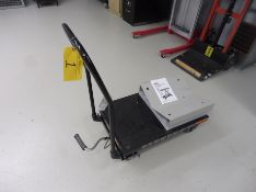 PRO POINT 500lb Hydraulic Lift Table
