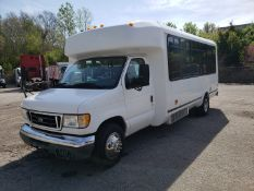 2005 Ford E450SD 25-Pass Eldorado Shuttle Bus