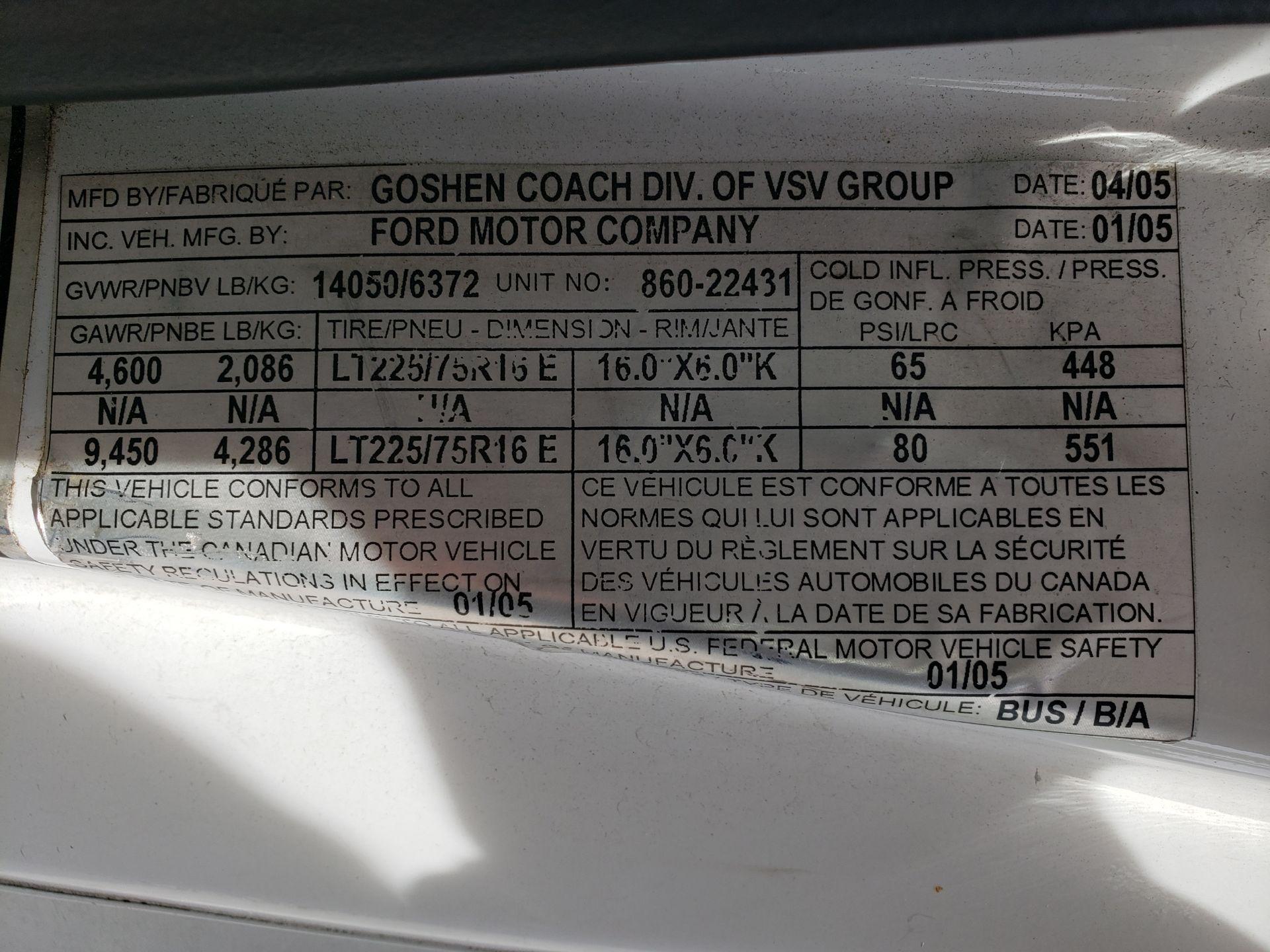 2005 Ford E450SD 25-Pass Goshen Shuttle Bus - Image 12 of 13